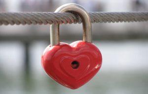 amor_con_amarre